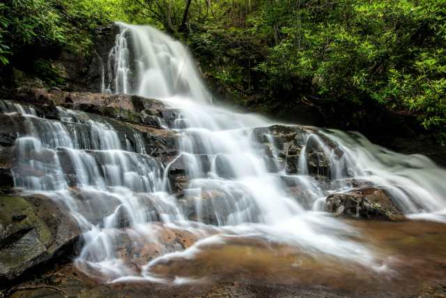 Laurell-Falls-Great-Smoky-Mountain-National-Park
